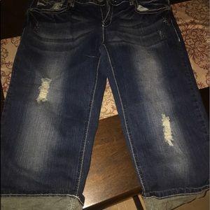 Women's blue jean capris